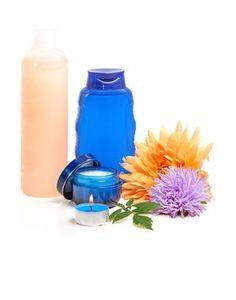 Detergente viso fai da te: rimuovi il trucco con la tua lozione! - DimmiCosaCerchi.it