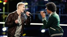 """Blake matches Jacob Rummell with Corey Kent White in a battle singing Hunter Hayes' """"I Want Crazy."""""""