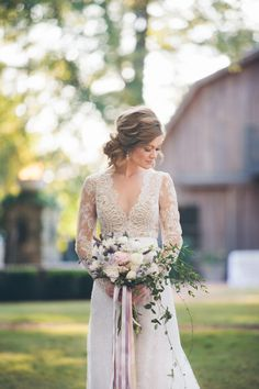 Christopher Confero Design is making heads turn with this beautiful Alabama wedding shoot at The Oaks. Highlights of royal purple wedding details and gold Civil Wedding, Mod Wedding, Wedding Updo, Wedding Shoot, Wedding Hair And Makeup, Wedding Beauty, Bride Hairstyles, Down Hairstyles, Vintage Wedding Hairstyles
