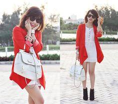 When in doubt wear red (by Linda Tran N) http://lookbook.nu/look/3415921-When-in-doubt-wear-red