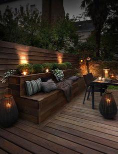 Illuminare il giardino con fantasia, ecco 21 esempi a cui ispirarsi... Oggi abbiamo selezionato per voi 21 idee per illuminare il giardino con fantasia... Se disponete di uno spazio all'aperto e vi piace trascorrere un pò di tempo al fresco di sera, ...