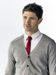 How could you not get lost in those eyes! Wow! Too bad he's not into the ladies:) Matt Dallas of Naughty or Nice
