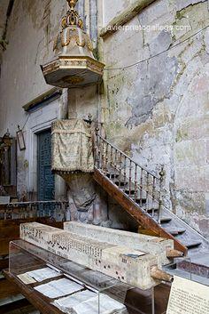 Stairs, Home Decor, Tinkerbell, 14th Century, Nun, Walks, Temple, Scenery, Santa Maria