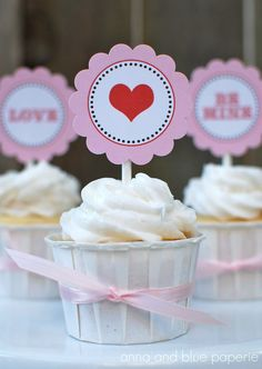 Laura's Bakery: Valentijn cupcake toppers