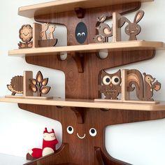 Super cute bookshelf!