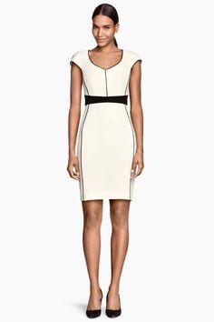 Vestido de corte ajustado   H&M