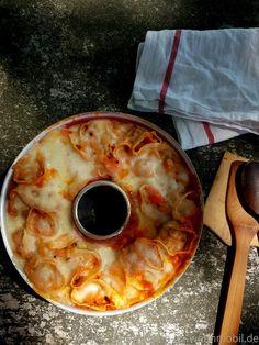 Tortellini, Oven Recipes, Pepperoni, Pineapple, Grilling, Mozzarella, Pizza, Fruit, Cooking