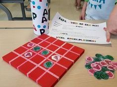 Make it Four in a row game for Dad - Father& Day gift tip! - Make it Four in a row game for Dad – Father& Day gift tip! Craft Gifts, Diy Gifts, Diy For Kids, Crafts For Kids, Teaching Schools, Diy Presents, Fathers Day Crafts, Too Cool For School, Creative Kids