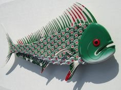 I will make to order a custom Mahi Mahi (Dolphin) with your choice of bottle caps for you. This mahi was made with Heineken bottle caps. Bottle Top Crafts, Bottle Cap Projects, Tin Can Crafts, Cork Crafts, Fish Wall Art, Fish Art, Beer Can Art, Beer Cap Crafts, Bottle Cap Art