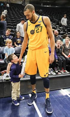 Rudy Gobert's strong defensive campaign with the Utah Jazz was fueled by charitable challenge Challenge Images, Rudy Gobert, Nba League, Nba Wallpapers, Utah Jazz, Basketball Teams, Nba Players, Lineup, Campaign