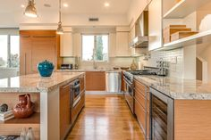 Pardee Properties - Large, Modern Kitchen with Granite Counters in Santa Monica, CA