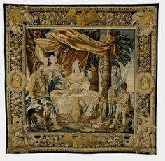 """Palais Lascaris: """"La Perle"""" ou le banquet offert par Cléopâtre; pièce de la tenture des amours de Marc-Antoine et Cléopâtre.Cette tenture du milieu du 17°s étant alors très mal connue, les 3 tapisseries du palais Lascaris ont été attribuées aux Gobelins par le donateur, puis aux Flandres,aux ateliers parisiens de St-Marcel et enfin à Aubusson. 2 opportunités d'acquisition se sont présentées en 2005 lors de 2 ventes publiques parisiennes ont permis d'enrichir la collection de 2 nouvelles…"""