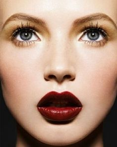 holiday-makeup-10