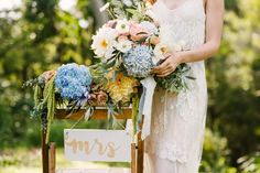 modern-wedding-editorial-shoot-blue-moon_0033