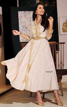 Discover thousands of images about Naseem Elandalus Morrocan Dress, Moroccan Caftan, Dress Outfits, Fashion Dresses, Arabic Dress, Caftan Dress, Hijab Dress, Kids Kaftan, Blue Wedding Dresses
