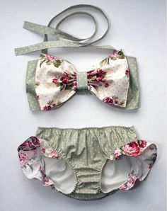 0-24M lovely Toddler Baby Girl Bikini Swimwear Little Girl Ruffles Baby Diaper Infant baby romper one piece polka dots swimsuit