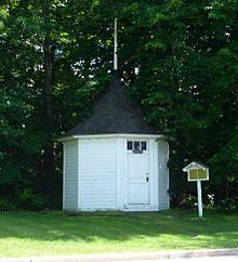 The original Spring House in Chippewa Falls, Wisconsin {source: Wikipedia, the free encyclopedia}