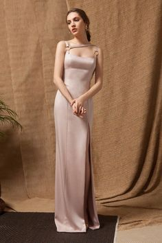Pink Satin Long Dress with asymmetrical front straps and X-Crossed straps on the Back. Simple Dresses, Elegant Dresses, Nice Dresses, Evening Dresses, Prom Dresses, Formal Dresses, Style Feminin, Straight Dress, Crepe Dress