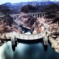 Hooverdam, helicopterview