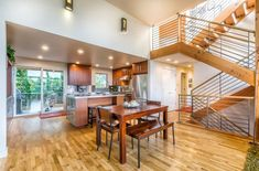 This contemporary split-level house in Seattle, Washington, USA is the result of an extensive renovation process delivered by the team at Grouparchitect. Seattle Washington, Home Renovation, Home Remodeling, Real Estate Staging, Modern Contemporary Homes, Modern Homes, Apartment Chic, Exterior Makeover, Exterior Remodel