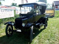 1919 Ford Model-T Touring
