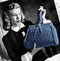 Vintage Crochet Pattern Tab Handle Tote Purse Self Closing Handbag PDF… Crochet Bows, Crochet Purses, Love Crochet, Knit Crochet, Vintage Crochet Patterns, Vintage Knitting, Crochet World, Look Vintage, Crochet Handbags