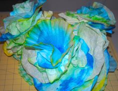 Coffee filter coral - mermaid party decoration For under the sea hallway? Mermaid Under The Sea, Under The Sea Theme, Under The Sea Party, Under The Sea Decorations, Mermaid Party Decorations, Coral Decorations, Vbs Themes, Ocean Themes, Coffee Filter Coral