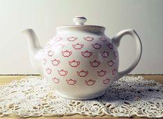 Vintage Sadler England White and Red 'Teapots' pattern Teapot