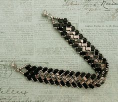 Linda's Crafty Inspirations: Bracelet of the Day - Half Tila Herringbone - Black & Silver