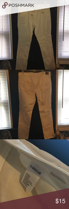 American eagle jeans ! White stretch jeans ! Never worn with tags American Eagle Outfitters Jeans Skinny