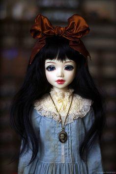 Mikako as Alice by Leo / Poupée mécanique, via Flickr