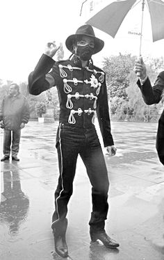 MICHAEL JACKSON ➡ This man is so Sexy♥♥♥ Legs for dayss ;-)