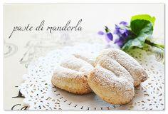 La ricetta originale delle paste di mandorla siciliane | il solletico nel cuore Sicilian Recipes, Hamburger, Nom Nom, Bread, Food, Food Recipes, Hamburgers, Breads, Burgers