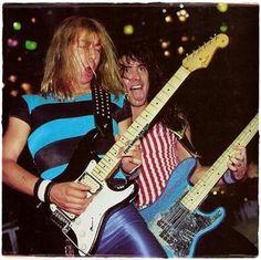 #wattpad #losowo ¡Primer libro de las curiosidades de Iron Maiden en Wattpad! Datos, anécdotas, fotos, etc. Espacio dedicado a una de las bandas más influyentes del Heavy Metal. ¡Up the Irons! Link a la segunda parte: http://w.tt/2nbn2F0