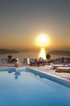 Sunset pool, Imerovigli, Santorini