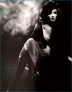 Marlene Dietrich photo by Helmut Newton - vintage inspired pin-up photography Helmut Newton, Marlene Dietrich, Vintage Hollywood, Hollywood Glamour, West Hollywood, Classic Hollywood, Paolo Roversi, Peter Lindbergh, Brigitte Bardot