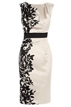 PENSAE PRINTED DRESS - inspiration. Via blossomgraphicdesign.com #boutiquedesign #boutiquewebdesign #boutiquegraphicdesign
