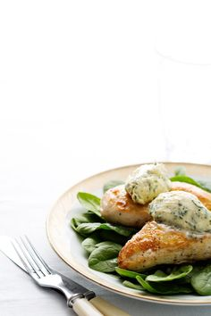 Chicken Breast with Herb Butter. www.dietdoctor.com
