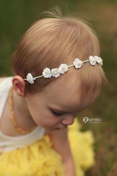 How to stitch a knit or crochet headband. Dainty Crochet Flower Crown - Step 2
