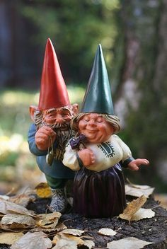 Gnomes in love by XeniaJoy, via Flickr