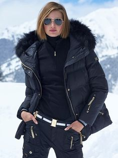 Ski Parkas - Gorsuch Down Ski Jacket, Down Parka, Winter Outfits, Casual Outfits, Fashion Outfits, Sporty Fashion, Fashion Women, Snow Fashion, Winter Fashion