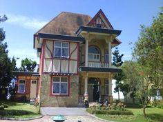 sewa villa di puncak menyewakan berbagai tipe villa hubungi 0821 1723 2389