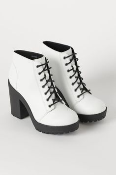 Platform Ankle Boots - White/faux leather H&M Platform Ankle Boots, High Heel Boots, Heeled Boots, Shoes Heels Boots, White Shoe Boots, Lace Up Heel Boots, Ankle Shoes, Mode Kylie Jenner, Studded Heels