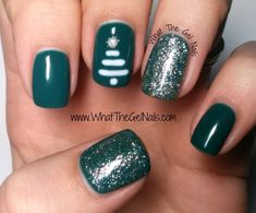 Christmas manicure | Christmas gel polish manicure. Uses IBD Green Monster, IBD Whipped Cream, and IBD All That Glitters.