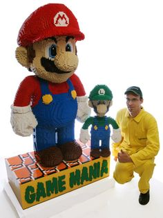 The Biggest Lego Mario Ever Built - Que Cool!