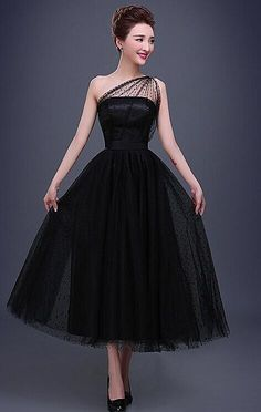 Chic little black dress, short homecoming prom dress!