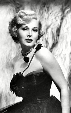 Zsa Zsa Gabor/Жа Жа Габор Old Hollywood Style, Hollywood Fashion, Zsa Zsa Gabor, Diamond And Silk, Sirens, Vintage, Diamonds, Inspired, Mermaids