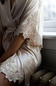 Feed the Short Bridal Robe, Bride Lingerie, Lingerie Outfits, Pretty Lingerie, Wedding Lingerie, Lace Bridal Robe, Bridal Robes Getting Ready, Blue Bridesmaid Dresses, Wedding Dresses, Wedding Bridesmaids