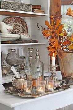 The Best Farmhouse Fall Inspiration The Best Farmhouse Fall Decor Inspiration - A huge collection of Farmhouse fall decorating ideas that are completely on-trend, showcasing neutral color palettes with natural materials. Fall Door Decorations, Decoration Table, Thanksgiving Decorations, Fall Home Decor, Holiday Decor, Autumn Decorating, Decorating Ideas, Decor Ideas, Decorating With Nature