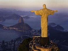 Lugares con vista. Cima del Monte Corcovado, a 709 m de altura sobre el nivel del mar, Brasil